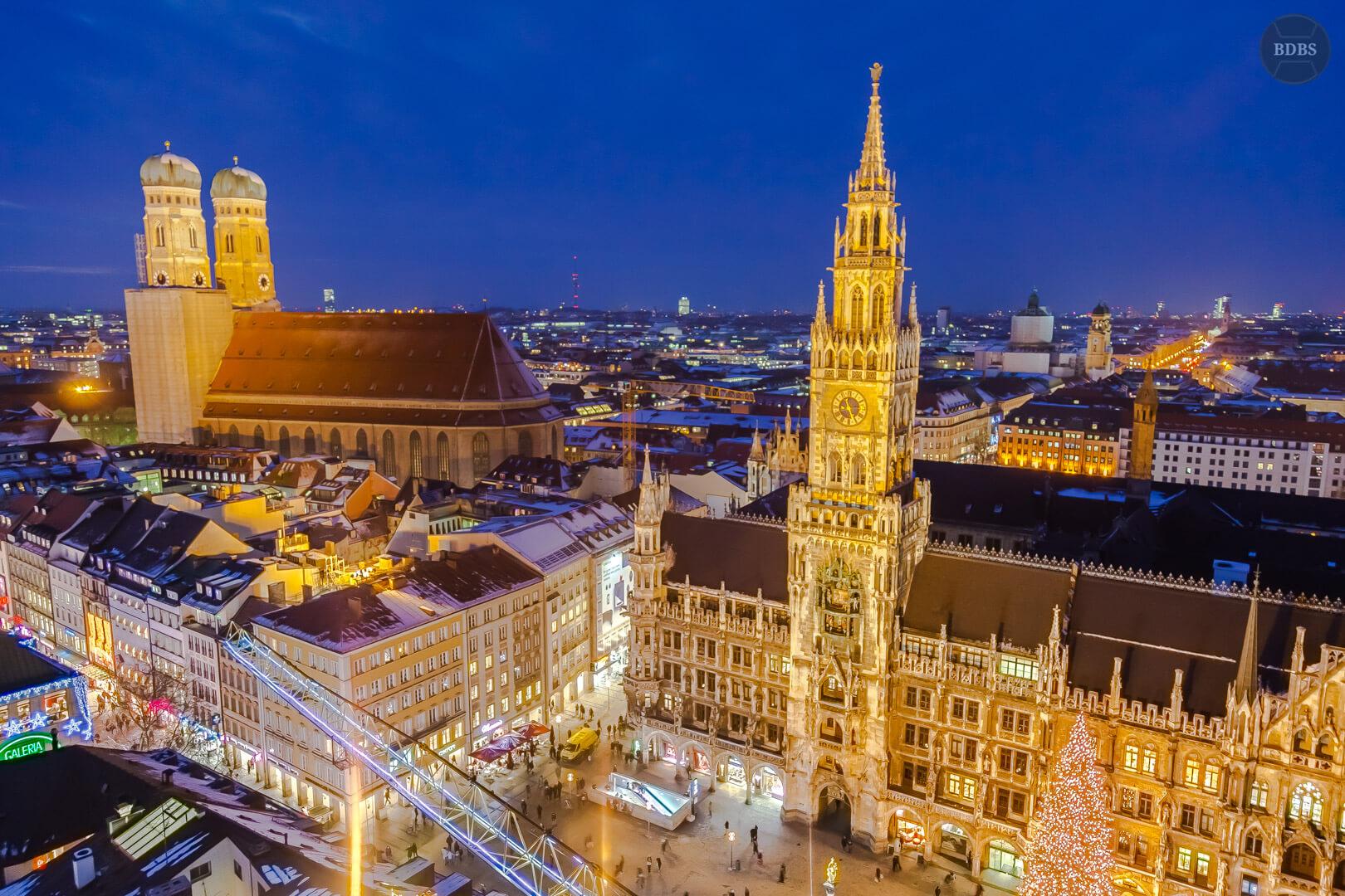 Skyline München Blick vom Alten Peter HDR (1/20 Sek - f,4,0 - 24mm - ISO1000)