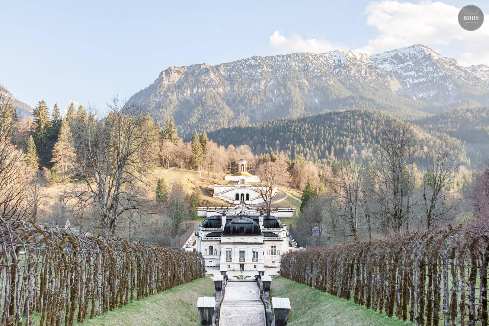 Schloss Linderhof HDR ( 1/60 Sek - f10,0 - 28mm - ISO100 )